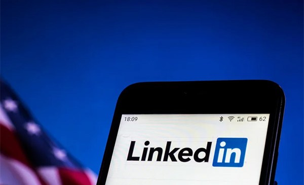 U.S. Government Thinks China Is Using LinkedIn to Enlist