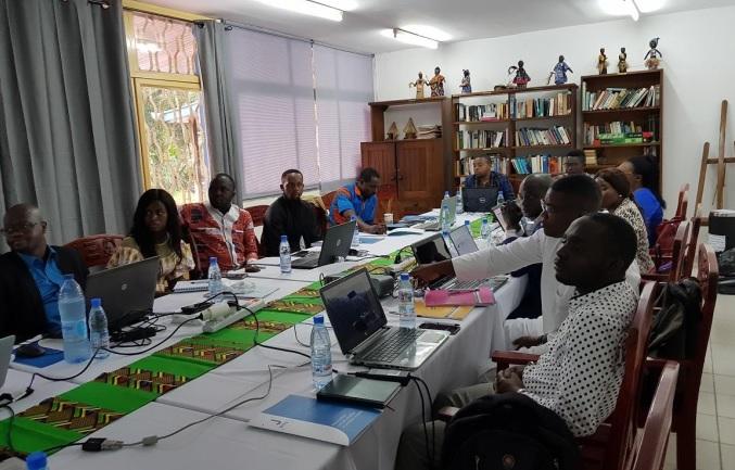 """Training: J Way Africa startet seine """"Master Class Citizen Developer"""" in Kamerun und Senegal in 2019"""