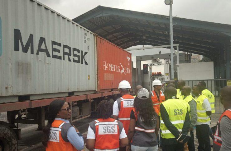 La SGS au Port de Douala. Scanneurs