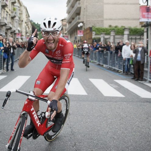 Red jersey wearer Giacomo Nizzolo (ITA/Trek-Segafredo) finally wins a stage this Giro, but will later be disqualified by the UCI-jury for 'irregular' (deviating from his line) sprinting stage 21: Cuneo - Torino 163km 99th Giro d'Italia 2016