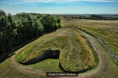 Belas Knap Long Barrow. Image © Adam Stanford