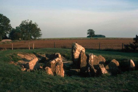 Notgrove Long Barrow. Image © The Douglas Campbell Photo Collection.