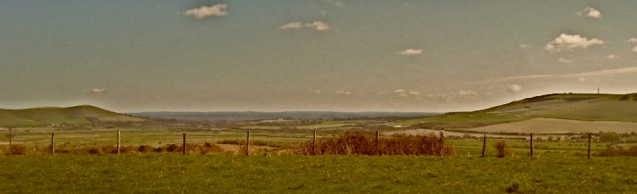 Mount Caburn Hillfort Panorama (01).