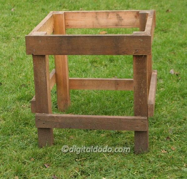 hive stand for beekeeping