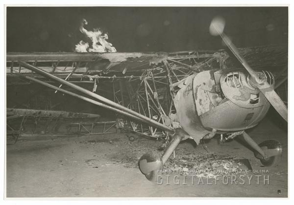 Fire at the Piedmont Aviation hangar, 1941.