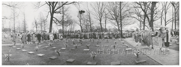 Easter Sunrise Service in God's Acre in Salem, 1958.