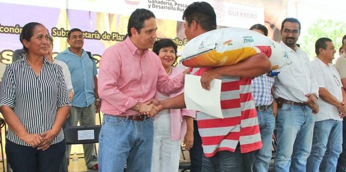 apoyos_productores_acapulco_rural (2)