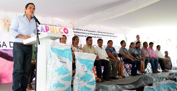 entrega_apoyos_pescadores_acapulco (1)