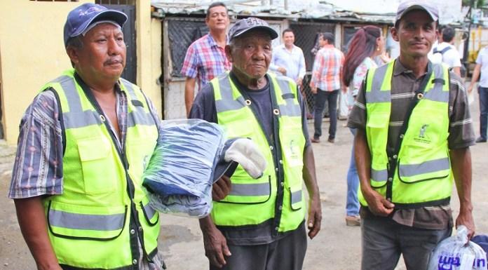 uniformes_trabajadores_bacheo_acapulcoi (1)