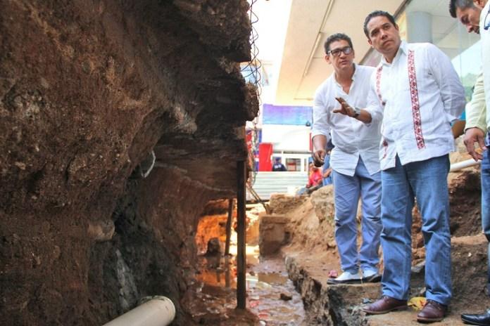 vestigios_arqueologicos_zocalo_acapulco-1