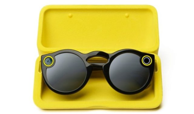 snapchat-spectacles-charging-case-670x397