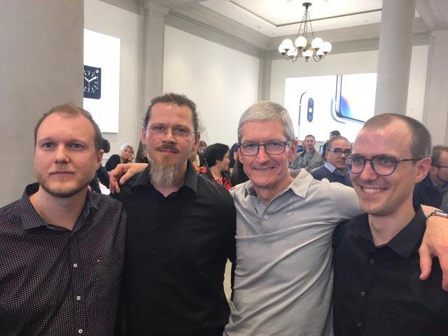 cool apple geeks