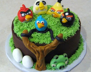 5 Angry Birds Cake Idea and Inspirations That You Will LOVE!