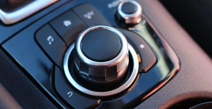 mazda-3-interior-knob