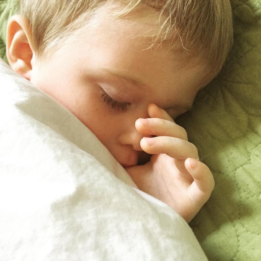 Working Mom WOAHS: Working With a Sick Kid