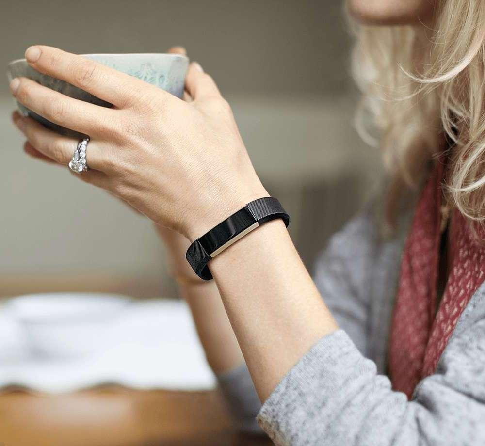 Fitbit Alta – Fashion + Fitness + Tech