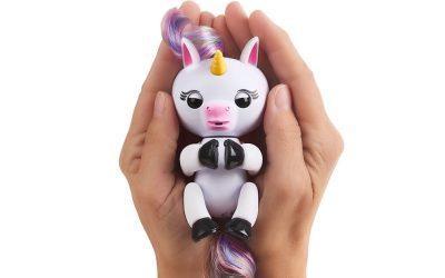 It's a Fingerling Unicorn!! Meet Gigi the Baby Farting Unicorn Animated Toy That Your Kids Will LOVE