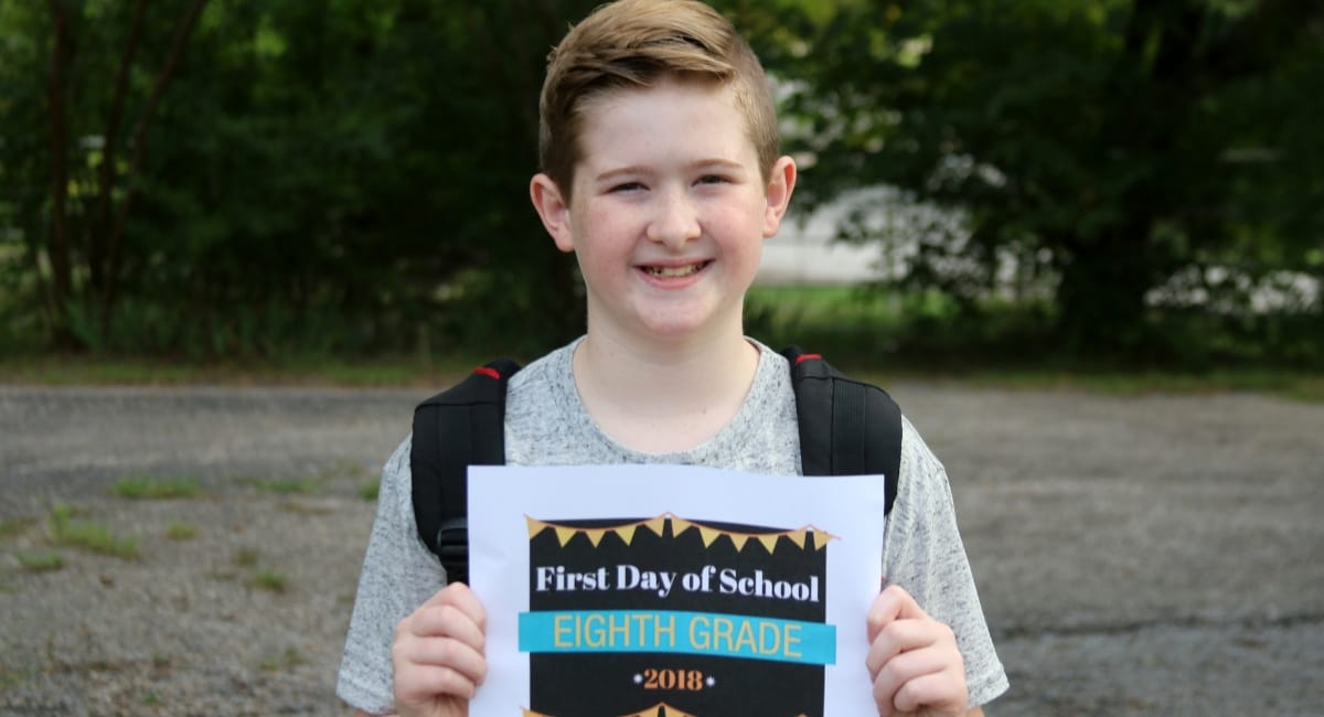 first day of school eight grade sign free printable