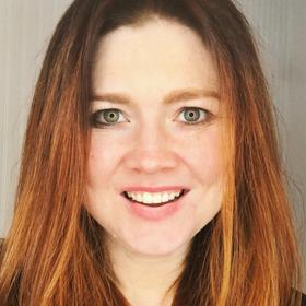 molly thornberg - About Digital Mom Blog