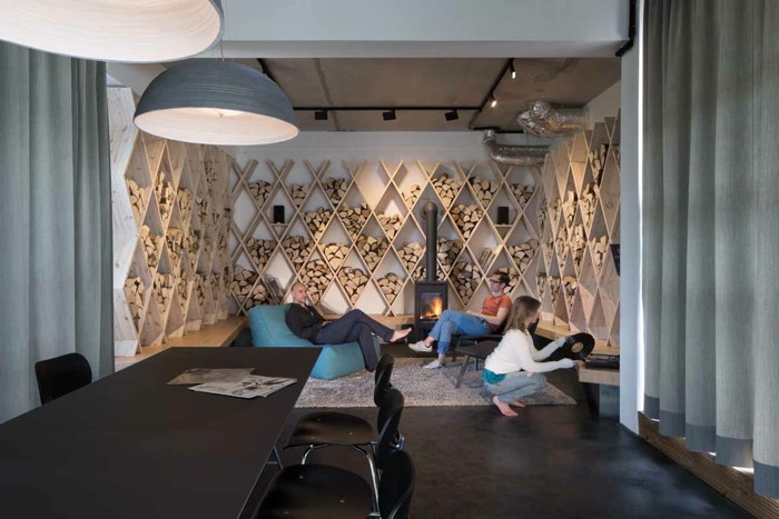 Soundclouds Berlin Office Exhibits Brilliant Modern