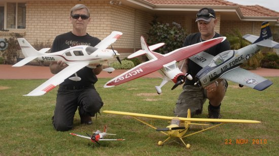 Joe Baker and George Tadd (left to right) with the winning planes