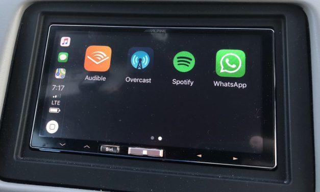 Latest WhatsApp Update Brings Apple CarPlay Integration