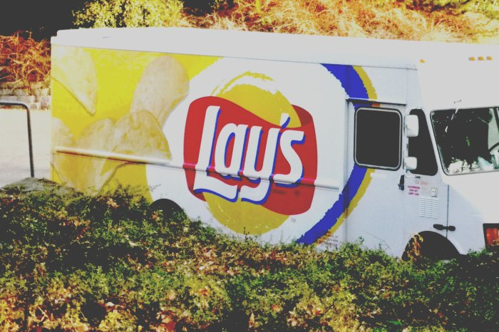Lay's truck_levels