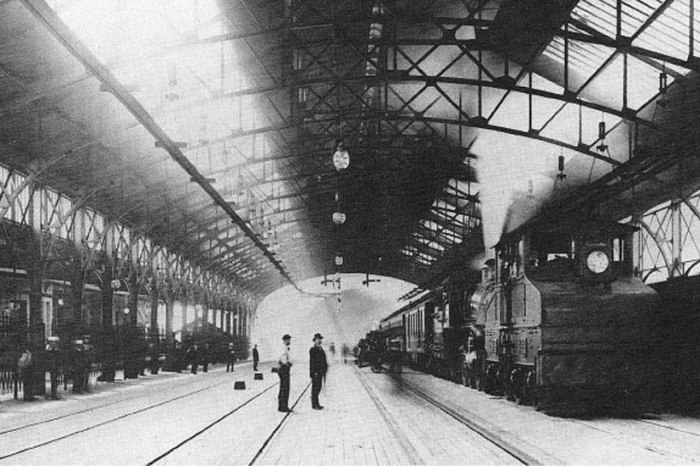 Mt_Royal_Station_in_1896_screen_web