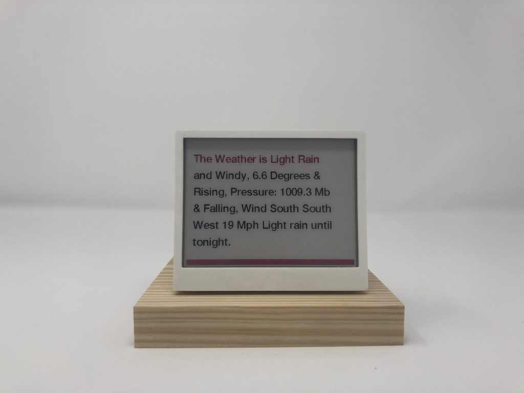 THE: eink Time Headlines and Environmental Data