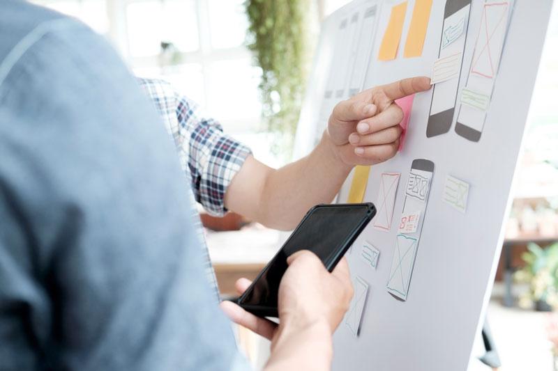 ux designers brainstorming
