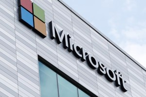 Microsoft Email services Hack