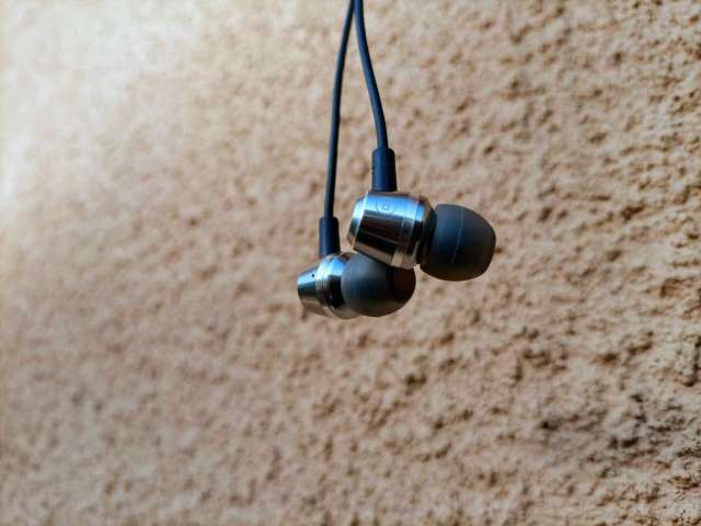 Blukar earphones