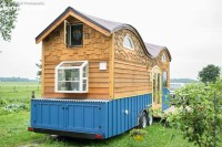 Cool Tiny House On Wheels With Bedrooms For Four - DigsDigs