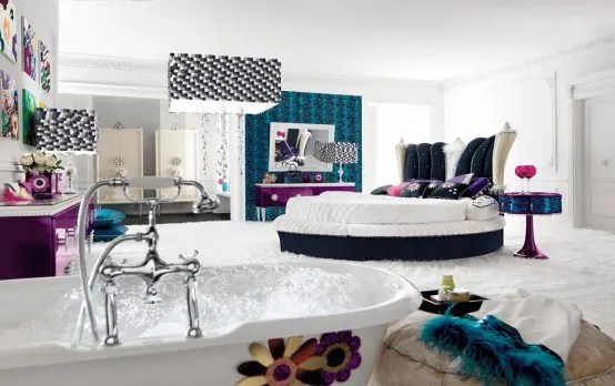 Really Glamour Bedroom (via <a rel=
