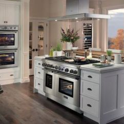 Kitchen Island With Stove Replacing Cabinet Doors 31 Smart Islands Built In Appliances Digsdigs A Cooker And An Oven