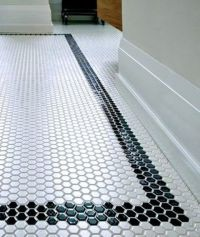 Picture Of black border mosaic tiles for the bathroom floor