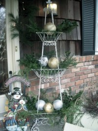 95 Amazing Outdoor Christmas Decorations - DigsDigs