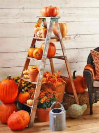 55 Cozy Fall Patio Decorating Ideas - DigsDigs
