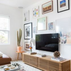 75 Creative Ways To Display Your Photos On The Walls ...