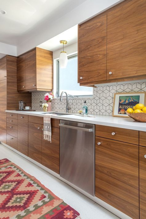 When it comes to glass tile kitchen backsplash design, it's all about what makes. 73 Stylish And Atmospheric Mid-Century Modern Kitchen ...