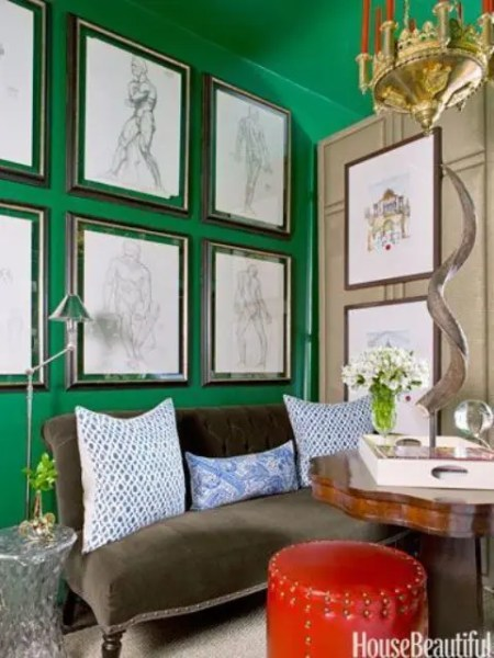 emerald green bedroom paint colors 27 Daring Red And Green Interior Décor Ideas - DigsDigs