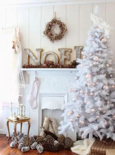 33 Chic White Christmas Tree Decor Ideas DigsDigs