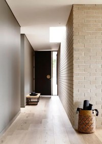 30 Trendy Brick Wall Ideas For Entryways - DigsDigs