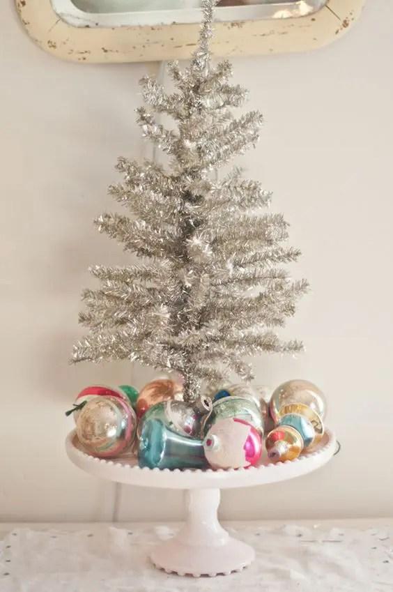 21 Silver Christmas Tree Dcor Ideas DigsDigs