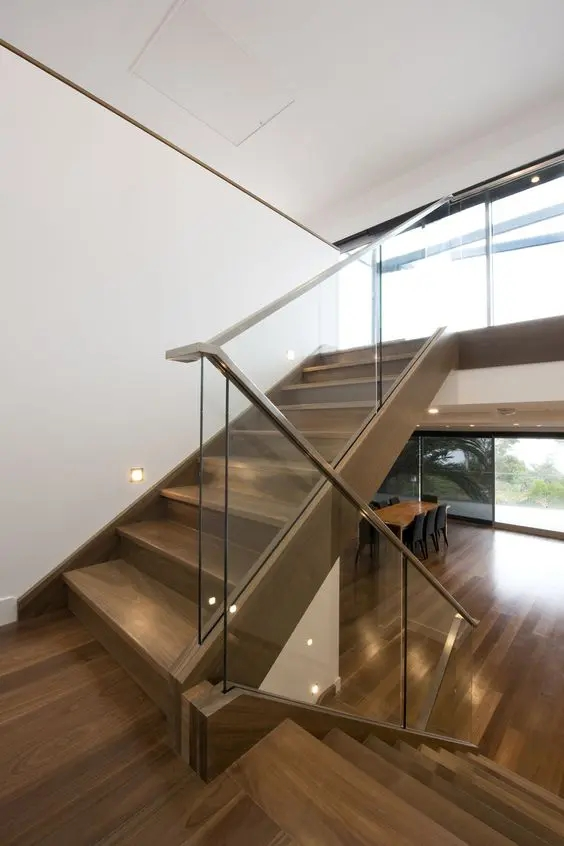 30 Stylish Staircase Handrail Ideas To Get Inspired Digsdigs | Glass Balustrade With Wooden Handrail | Contemporary | Glass Panel | Interior | Guardrail | Atrium
