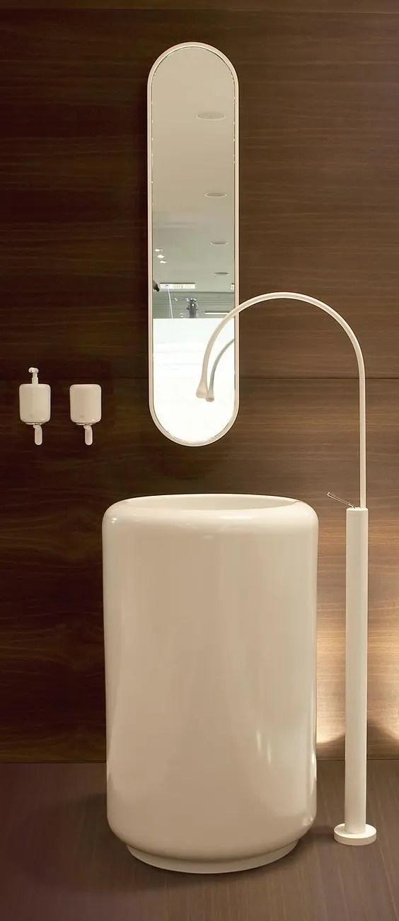 33 Modern Pedestal Bathroom Sinks To Make A Statement