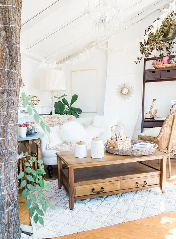 daybed in living room ideas storage end tables for your personal oasis: 26 she shed - digsdigs