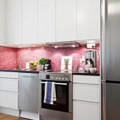 Retro Kitchen Tile Backsplash Home Depot Flooring 30 Timeless And Chic Glossy Decor Ideas - Digsdigs