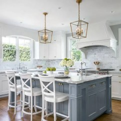 Blue Kitchen Island Designers Long 30 Gorgeous Decor Ideas Digsdigs A Vintage Is Given Coastal Touch With Pale