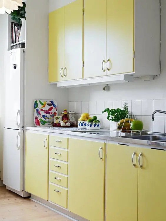 27 Yellow Kitchen Decor Ideas To Raise Your Mood DigsDigs